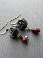 Garnet & Black Agate Carved Rose Earring